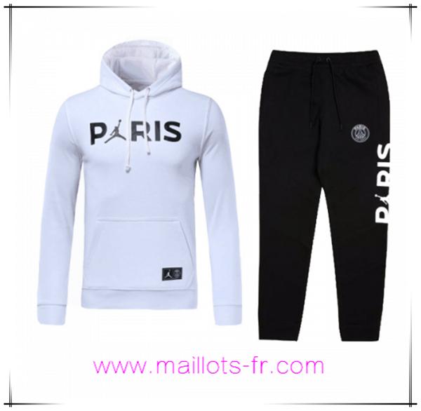 Coloriage Maillot De Foot France 2018.Coloriage Ensemble Chapeau Survetement De Foot Jordan Psg Blanc 18